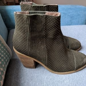 Anthropologie Moss studded boots sz 10